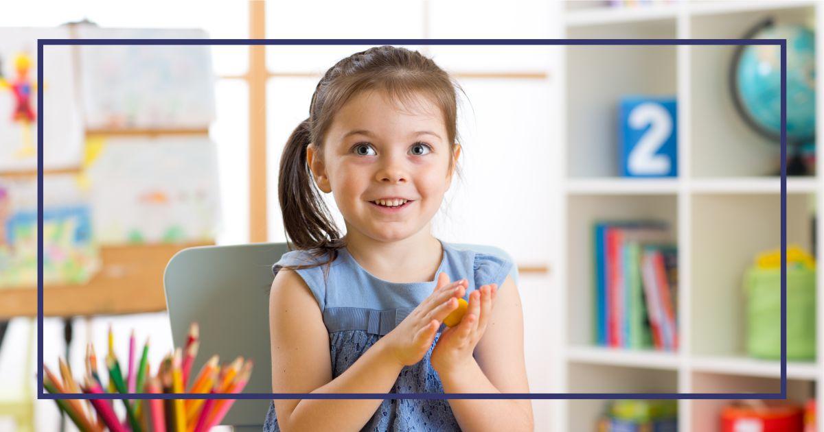 ребёнок на курсах в детском центре